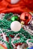 As bolas do Natal com diamantes ajustaram-se, decoração do ano novo Fotos de Stock Royalty Free