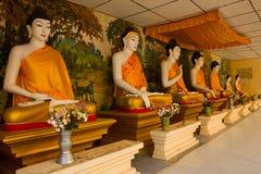As Budas do pagode dourado de Bagan, Myanmar Foto de Stock