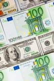 As cédulas do Euro fecham-se acima Várias centenas euro- cédulas Fotos de Stock