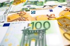 As cédulas do Euro fecham-se acima Várias centenas Foto de Stock Royalty Free