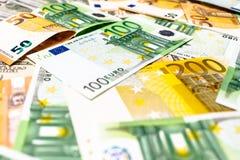 As cédulas do Euro fecham-se acima Várias centenas Fotografia de Stock Royalty Free