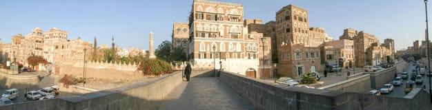 As casas decoradas de Sana velho em Iémen imagens de stock royalty free