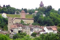 As casas medievais históricas em Friburg Imagens de Stock