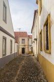 As casas no Santiago fazem Cacem fotografia de stock royalty free