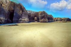 As catedrais encalham com as rochas erosioned pela ação do mar Foto de Stock Royalty Free