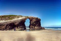As catedrais encalham com as rochas erosioned pela ação do mar Fotografia de Stock Royalty Free