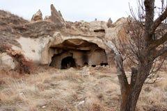 As cavernas hist?ricas aproximam a cidade de Goreme Imagem de Stock