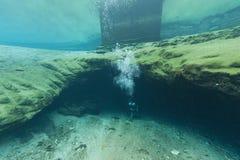 As cavernas subaquáticas Florida de mergulho Jackson Blue dos mergulhadores cavam EUA Fotografia de Stock Royalty Free
