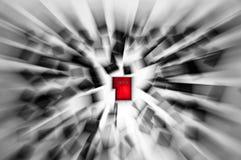 As chaves de um teclado dispersaram - o vermelho entra Imagens de Stock Royalty Free