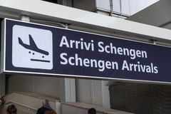 As chegadas de Schengen embarcam imagens de stock