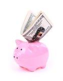 As contas de dólar do dinheiro, o banco piggy e o carro brincam Fotos de Stock