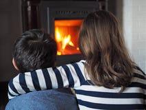 As crianças aquecem-se Fotografia de Stock Royalty Free