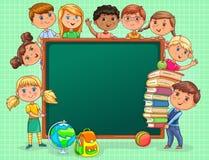 As crianças bonitos com a administração da escola e os livros anulam a bandeira Fotos de Stock Royalty Free