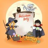 As crianças bonitos pequenas no traje para Helloween party Imagens de Stock