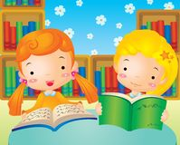 As crianças leram livros Foto de Stock Royalty Free