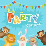 As crianças party o convite com ilustrações de crianças felizes em trajes do carnaval dos animais Foto de Stock Royalty Free