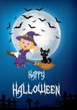 As crianças pequenas e o fantasma voam com a vassoura sobre o fundo da Lua cheia Fotografia de Stock