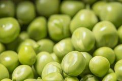 As ervilhas verdes fecham-se acima Fotografia de Stock Royalty Free