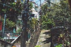As escadas levantam e os fios do polo em Rio de janeiro Foto de Stock Royalty Free