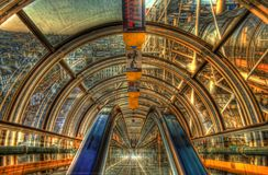 As escadas rolantes do túnel do Centre Pompidou, HDR Foto de Stock