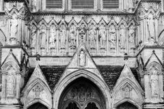 As estátuas da catedral de Salisbúria para o oeste fronteiam fotografia de stock royalty free