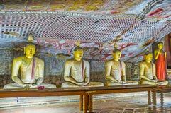 As estátuas de meditar Lord Buddha Imagem de Stock