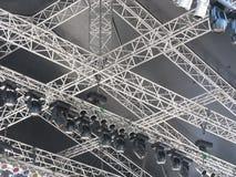 As estruturas da iluminação de estágio iluminam o equipamento Foto de Stock Royalty Free