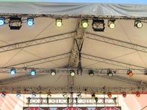 As estruturas da iluminação de estágio iluminam o equipamento Imagem de Stock