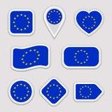 As etiquetas da bandeira da União Europeia ajustadas Crachás dos símbolos nacionais da UE Ícones geométricos isolados O oficial d ilustração royalty free