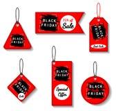 As etiquetas vermelhas da venda de Black Friday ajustaram-se, anunciando, ilustração do vetor Oferta especial, molde do disconto Imagens de Stock