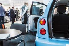 As exibições na exposição dedicada às tecnologias relacionaram-se Fotografia de Stock Royalty Free