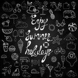 As férias de verão entregam sinais e símbolos tirados Imagens de Stock