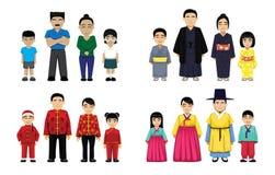 As famílias asiáticas ajustaram a ilustração do vetor dos desenhos animados ilustração do vetor