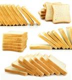 As fatias cozidas do pão isolaram o alimento Imagens de Stock Royalty Free