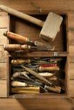 As ferramentas da mão de Srtist para handcraft trabalhos foto de stock
