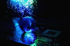As fibras óticas iluminam o fundo abstrato, fundo ótico da fibra fotografia de stock