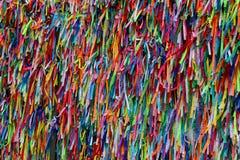 As fitas coloridas na frente de Senhor fazem a igreja de Bonfim em Salvador, Baía em Brasil Fotos de Stock Royalty Free