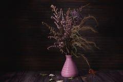 As flores coloriram a vida imóvel Imagem de Stock Royalty Free
