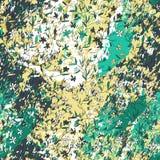 As flores pequenas tiradas mão em fundo textured com raias, cursos, espirram e mancham ilustração stock