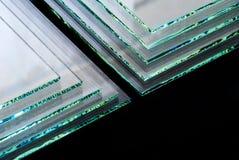 As folhas dos painéis claros moderados fabricação do vidro de flutuador da fábrica cortaram para fazer sob medida fotografia de stock royalty free