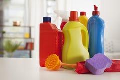 As fontes de limpeza na casa Fotografia de Stock