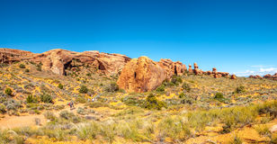 As formações de rocha aproximam o arco da paisagem Foto de Stock Royalty Free