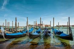 As gôndola perto do ` s de St Mark esquadram em Veneza, Itália imagens de stock royalty free