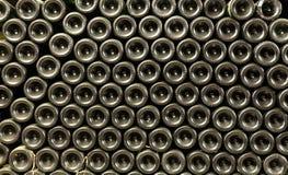 As garrafas antigas do vinho na adega antiga O vi original imagem de stock