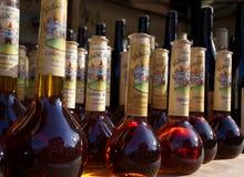 As garrafas da poção mágica iluminaram pela luz solar natural Imagem de Stock