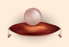 As grandes pérolas cor-de-rosa naturais em um cetim vermelho descansam com borlas do ouro ilustração do vetor