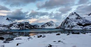 As ilhas Noruega de Lofoten fotografia de stock