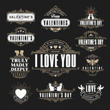 As insígnias retros ou os Logotypes do vintage ajustaram-se para o dia de Valentim Vec Fotografia de Stock