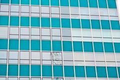 as janelas na cidade de Londres dirigem o skyscrape Imagens de Stock