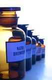 As latas farmacêuticas ajustadas (1) imagem de stock